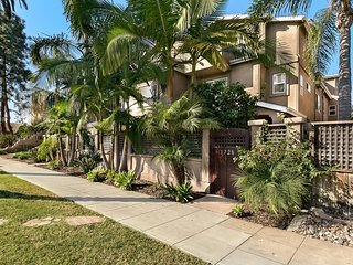 Pacific Beach Haven ✭ 3 BR ✭ Perfect Location!