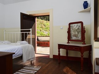Casa da Nogueira, a Home in Madeira