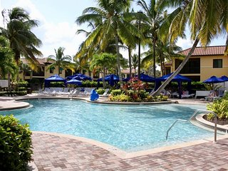 Amazing 2BR/2BA Villa, Pools, Lazy River. Access To All Resort Amenities