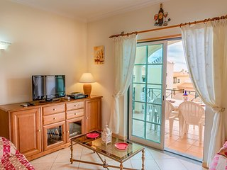 Santa Eulalia Apartment Sleeps 5 with Pool Air Con and WiFi - 5718987