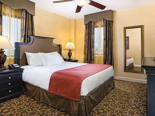 JAZZ FESTIVAL! New Orleans Garden District- Resort near French Quarter!