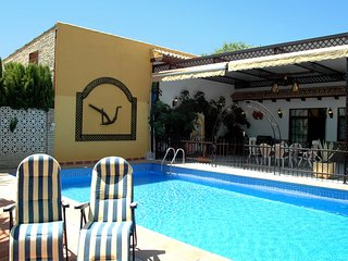 Rental villa in Ecija, Sevilla with large private pool