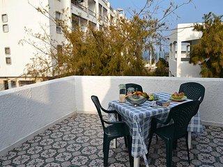 Appartamento 6/8 pax vicino spiaggia,parcheggio e doppi servizi a San Foca- LL41
