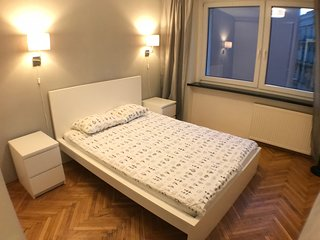CityAparts-Private Apartment Main Sqr. (Self Check-in)