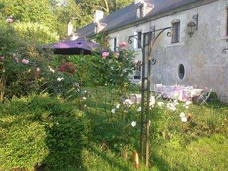 le logis du chateau de la Mothe Chandeniers