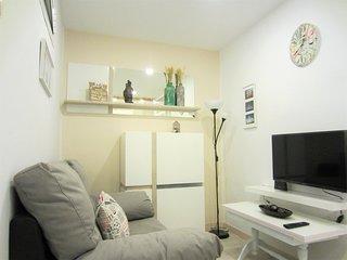 Cosy apartment close to Retiro Park Madrid 5 minutes walkin centre metro station