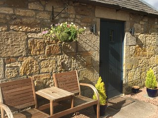 WeeBothy cottage in gorgeous countryside - 16m St Andrews
