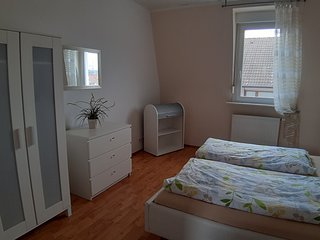 Gästehaus Conny 2, Heidelberger Ferienwohnung, 2 Zimmer Apartment, 2.OG