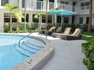 RARE FIND! 2 COMFY 2BR/2BAs. PRIVATE BEACH ACCESS, POOL, FREE PARKING!