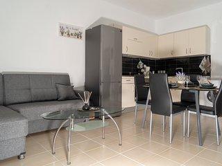 Liz Apartment
