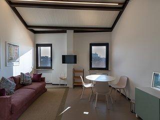 Nuovo appartamento vista fiume su 2 livelli per 4/6 persone zona Ponte Pietra