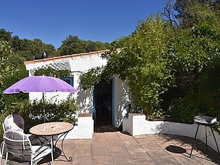 Casares Villa Sleeps 2 with Pool and WiFi - 5177165