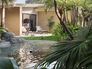 Serene + Bright Studio with Garden Views | Full Kitchen