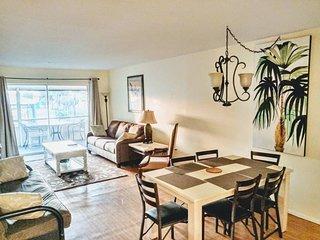 Tropical Dreams Sarasota - Updated 2 Br 2 King beds, Near Siesta Key villa # 4
