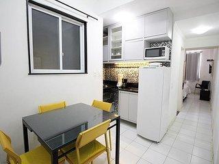 Apartamento aconchegante com ar condicionado e amenidades gratuitas.