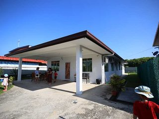 TG.ARU.5STAR.HOMESTAY.9Guests... BEACH.IMAGO.KKcity.SUNSET