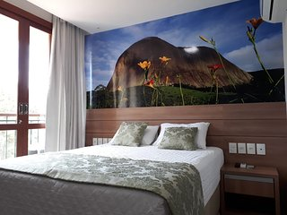 Apartamento com Varanda no Hotel Bristol Vista Azul