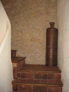 Can Felip Apartment 1_Staircase / Escalera