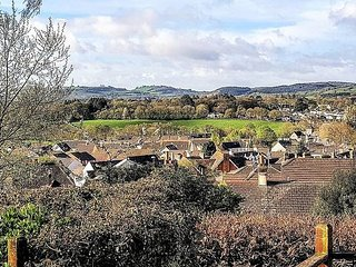Bovey Tracey Home with Super Views