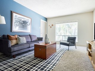 Bright 2BR at The Galleria by Sonder