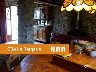 LA BERGERIE 3 epis 'Pyrenees mon Amour'