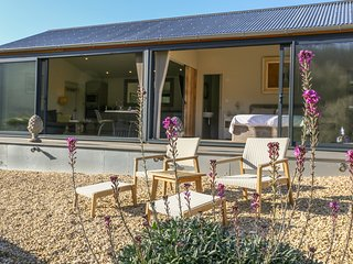 PEGLARS BARN, perfect for couples, Slad