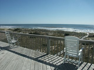 Beach Babies Hatteras Oceanfront 7 Bedrooms 5.2 B Steps to the Beach and Pool