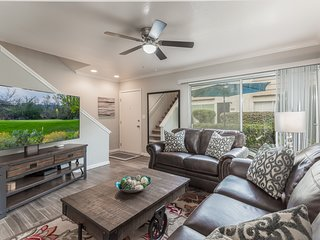 Modern, Rustic, freshly updated 2BR Condo in the heard Old Town Scottsdale