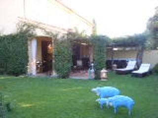BEAUTIFUL LUXURY HOUSE OF TORRE MAREMMA, 8 SLEEPS