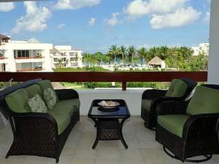 Residencias Reef 7330-Two Bedroom w/ Private Roof-top Solarium