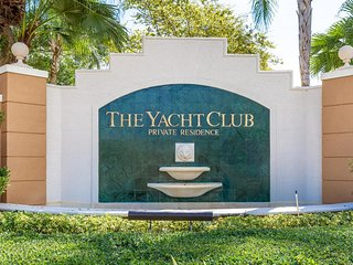Miami! Heart of Aventura at Yatch Club for 4 guests