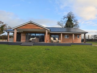 74110 Log Cabin situated in Oswestry (6mls S)