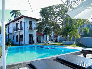 Hikka Nilora 6BR Private Villa with Pool