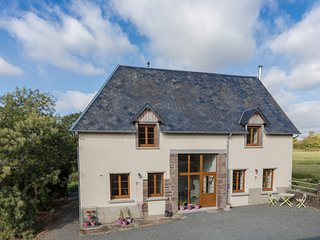 Contemporary, well-equipped and spacious holiday gite, sleeps 6 near Gavray