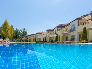 APOLLONIUM SPA BEACH RESORT 3 BEDROOM APARTMENT