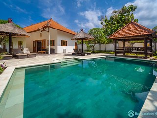Villa Udara: Lovina luxury poolvilla at a magnificent location!