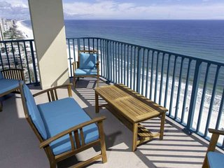 Beach Front! 17th Floor Condo. Newly Remodeled & New Furnishings. Unbeatable Vie
