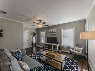 Perfect Cottage Getaway in the Heart of Fort Worth's Cultural District
