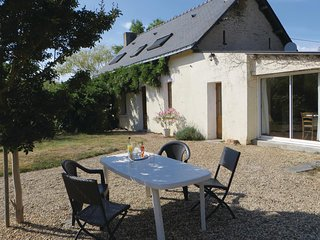 Nice home in Le Louroux-Beconnais w/ WiFi and 3 Bedrooms
