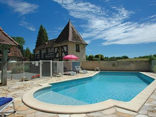 Beautiful home in Savigvac-Lédrier w/ WiFi, Outdoor swimming pool and 1 Bedroom