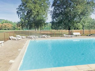 Beautiful home in Limeuil w/ Outdoor swimming pool and 3 Bedrooms