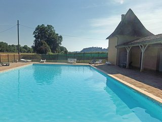 Stunning home in Limeuil w/ Outdoor swimming pool and 2 Bedrooms