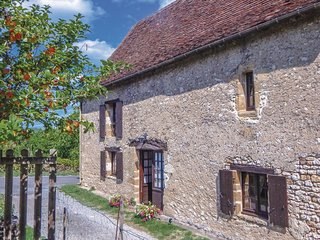 Amazing home in Auriac-du-Perigord w/ WiFi and 2 Bedrooms