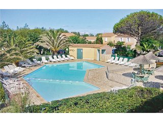 Amazing home in Marseillan Plage w/ Outdoor swimming pool and 1 Bedrooms