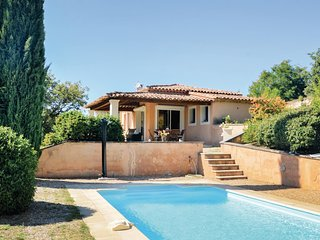 Stunning home in Roussillon w/ WiFi, 3 Bedrooms and Outdoor swimming pool (FPV59
