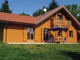 Awesome home in Gerardmer w/ WiFi and 4 Bedrooms