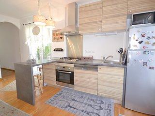 Amazing home in L'Isle sur la Sorgue w/ WiFi and 2 Bedrooms