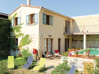Beautiful home in Marsillargues w/ WiFi and 3 Bedrooms