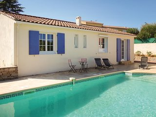 Amazing home in Montagnac w/ WiFi and 2 Bedrooms