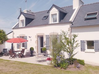 Nice home in Plouguerneau w/ WiFi and 3 Bedrooms